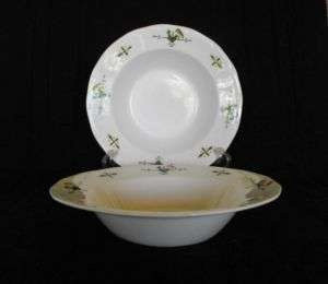 Japan 1867 Stoneware Rooster Chicken Soup Bowl Dishes