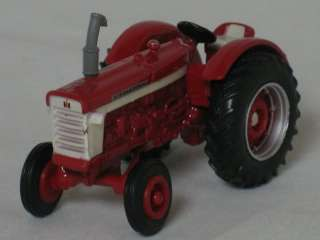 ERTL 164 Diecast Case International Red Tractor ~ MINT