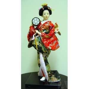 Japanese Geisha Girl Doll Statue Kimino Silk Fan