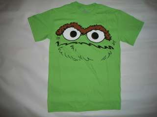 SESAME STREET,OSCAR THE GROUCH, VINTAGE RETRO T SHIRT IN MEN SIZES S,M