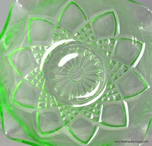 Depression Glass Diamond Arches Berry Bowl Set 7 pc Ruffled