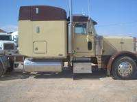 Peterbilt Sleeper Semi Truck