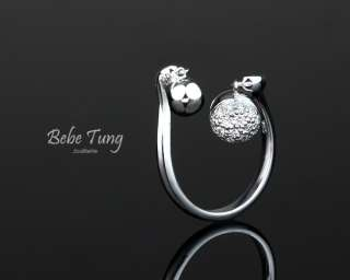 Bebes Wedding 18K750 White Gold Diamonds Ring
