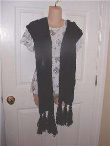 STYLE BLACK SWEATER SCARF RAISED FLOWER DESIGN MID ONE SIZE $25