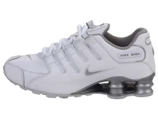 NIB BOYS NIKE SHOX NZ WHITE / GRAY / METALLIC SILVER SZ 5 Y
