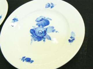 Royal Copenhagen Porcelain Braided Blue Flowers 6 1/8 Bread