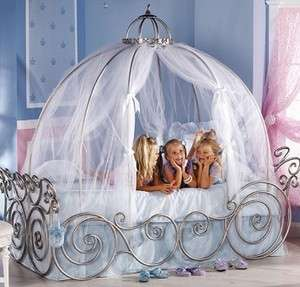 CARRIAGE BED WITH PINK SHEER CANOPY CANT GET ANYWHERE ELSE