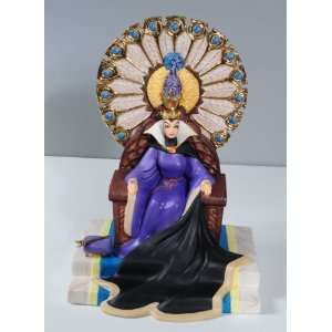 WDCC Snow White Evil Queen Enthroned Evil Arts, Crafts & Sewing