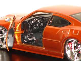 NEW 1/24 Scale Die Cast Metal 2006 Dodge Charger SRT8