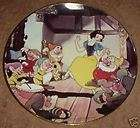 DISNEYS SNOW WHITE AND SEVEN DWARFS LIMITED EDITION COLLECTORS PLATE