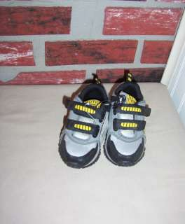 NIB ATHLETIC WORKS TODDLER BOYS SHOES DOZER SZ 7   VELCRO STRAPS