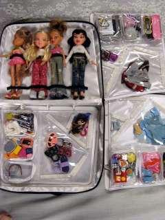 Bratz 4 dolls, 60 accessories black Bratz case