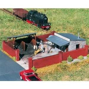 SUPPLY CO   PIKO G SCALE MODEL TRAIN BUILDINGS 62056 Toys & Games