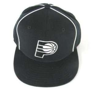 White Flex Fit Flat Bill Hat   Size S/M