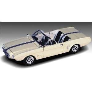 1963 Ford Mustang II Car 4n1 1 25 Lindberg Toys & Games